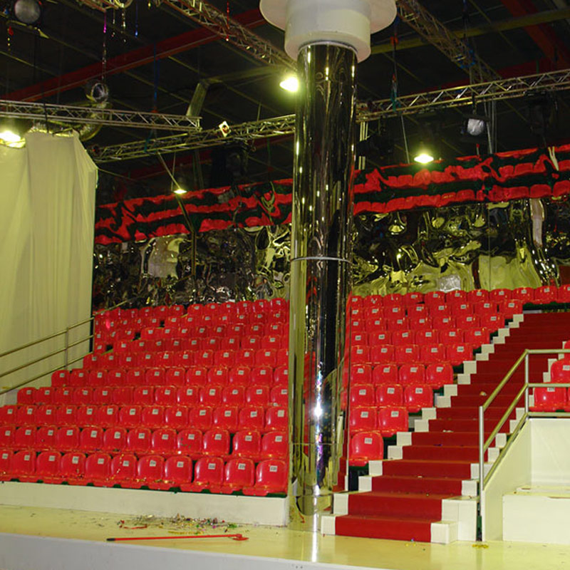 METALLIC TRIBUNE WITH PLASTIC SEATS FOR THE FAME STORY SHOW